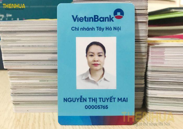 Thẻ nhân viên hay còn được biết đến với tên gọi khác là bảng tên nhân viên