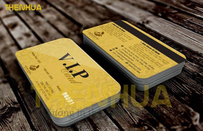 Thẻ VIP hiện nay được xem là món quà để khách hàng có thể cảm nhận được sự quan tâm của doanh nghiệp dành cho mình